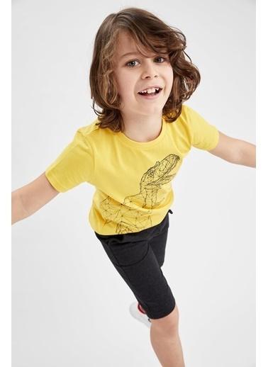 DeFacto Erkek Çocuk Dinozor Baskılı Kısa Kol Tişört Ve Bermuda Şort Takımı Sarı